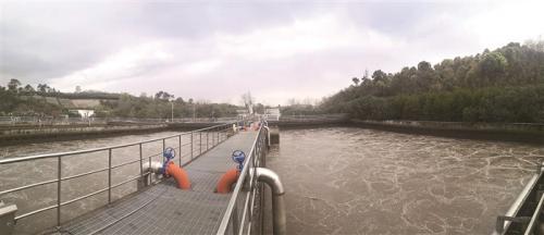 探访区污水处理厂 10小时浊水变清流
