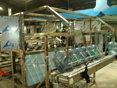 瓶装水灌装设备:瓶装纯净水生产线(每小时2000瓶)